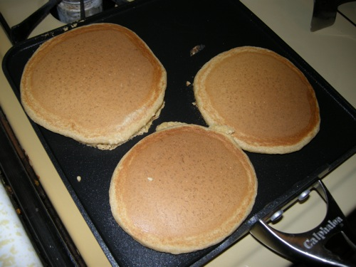 oil-free vegan pancakes.JPG