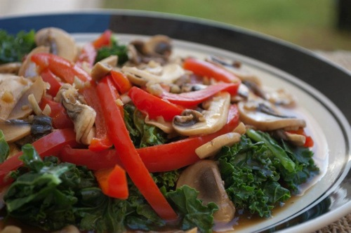 Red bell pepper and mushrooms in the vegan Spicy Mushroom StirFry