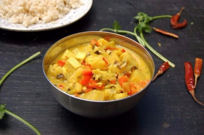 Golden Pineapple Curry